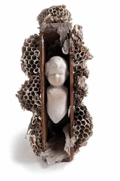 art-wasp-nest-sculpture-doll